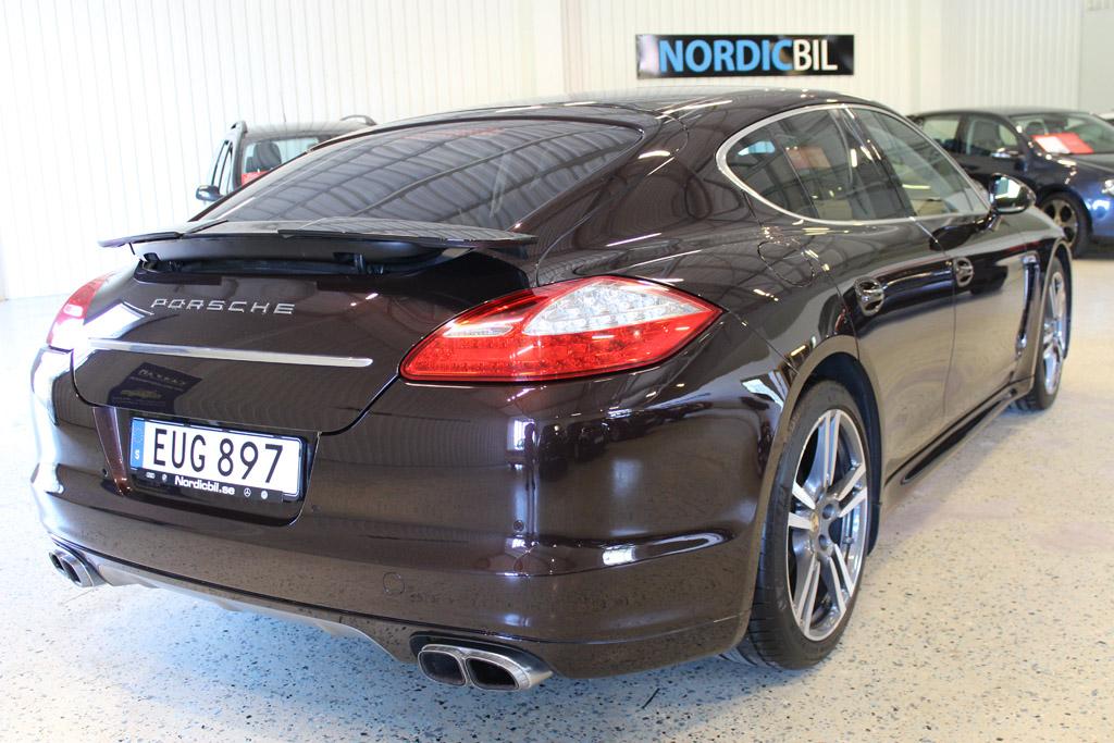 Porsche-Panamera-Turbo-2012_2664