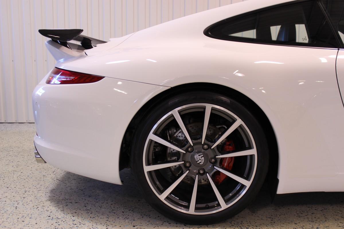 Porsche-911-997-carrera_5448