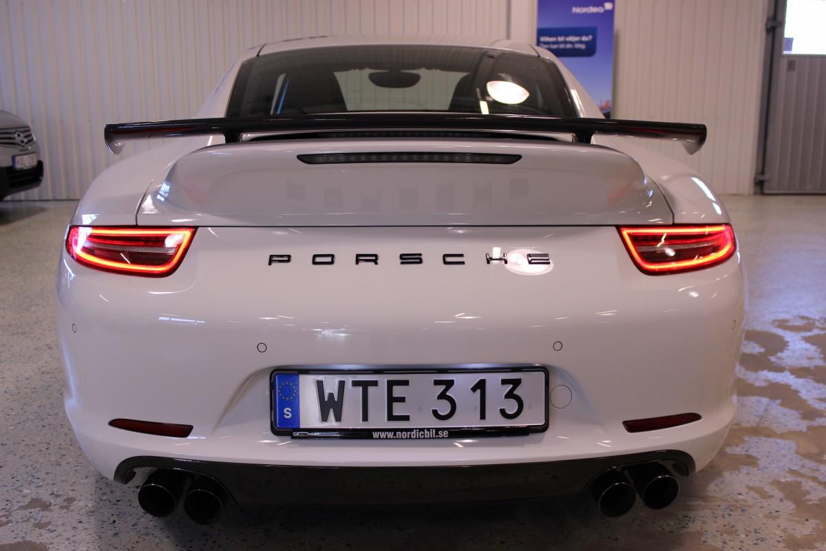 Porsche-911-997-carrera_5453