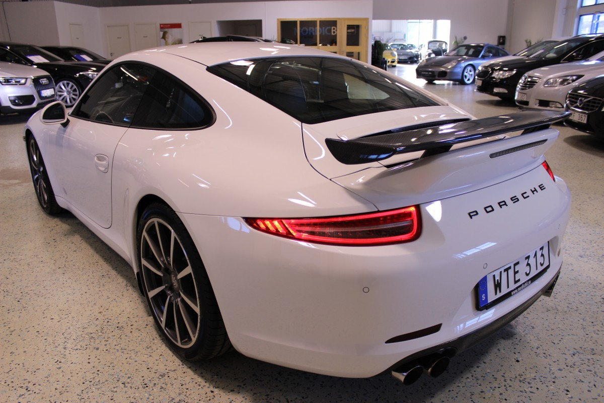 Porsche-911-997-carrera_5463