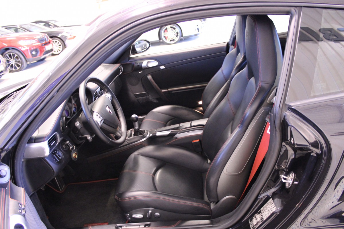 Porsche-911-997-Turbo_5814