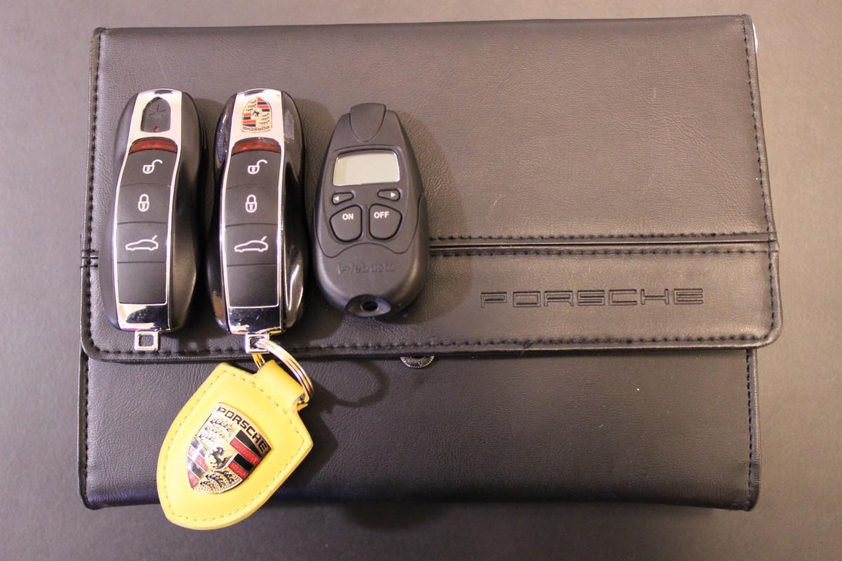 Porsche-Panamera-Turbo-PCCB_5938