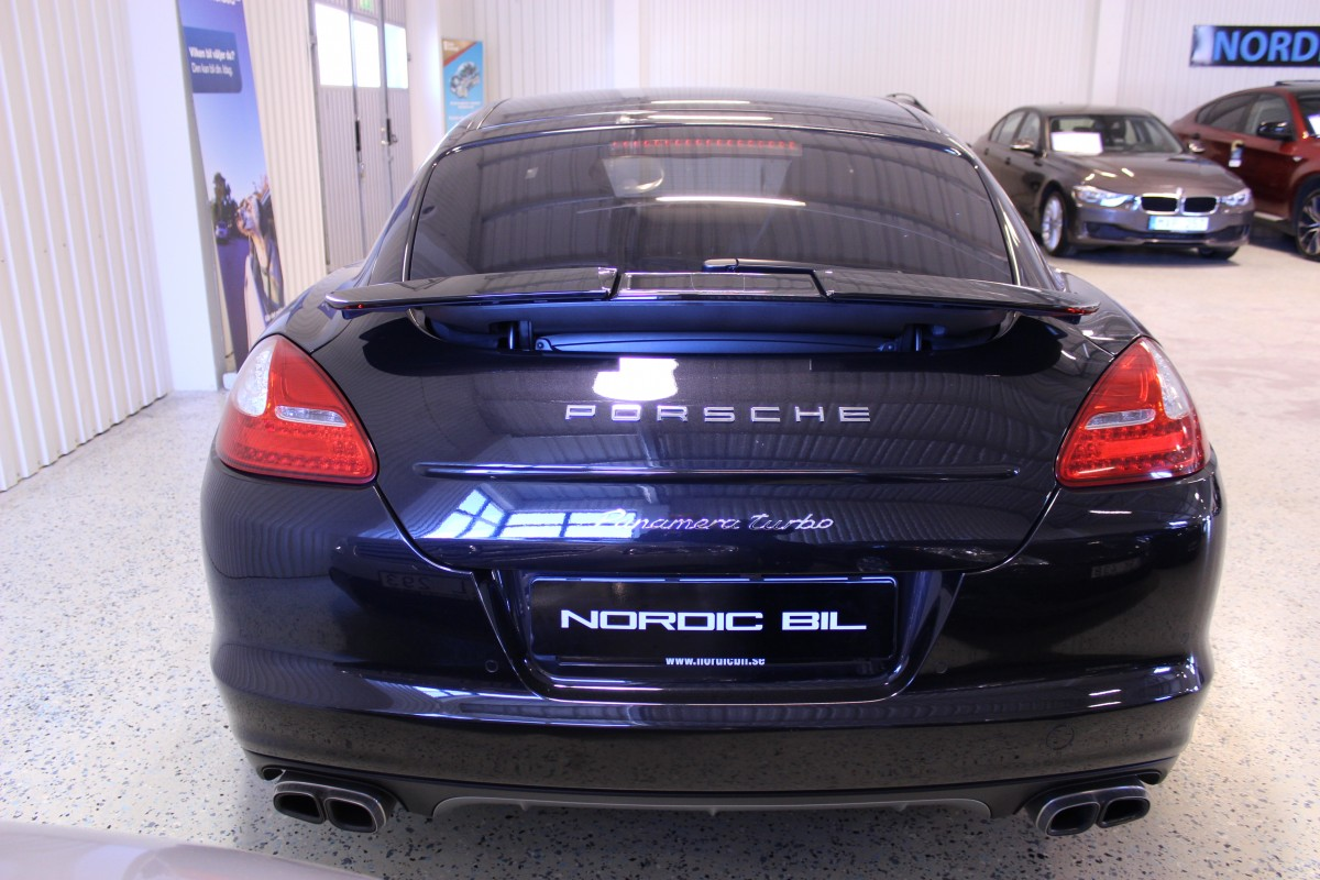 Porsche-Panamera-Turbo-PCCB_5944