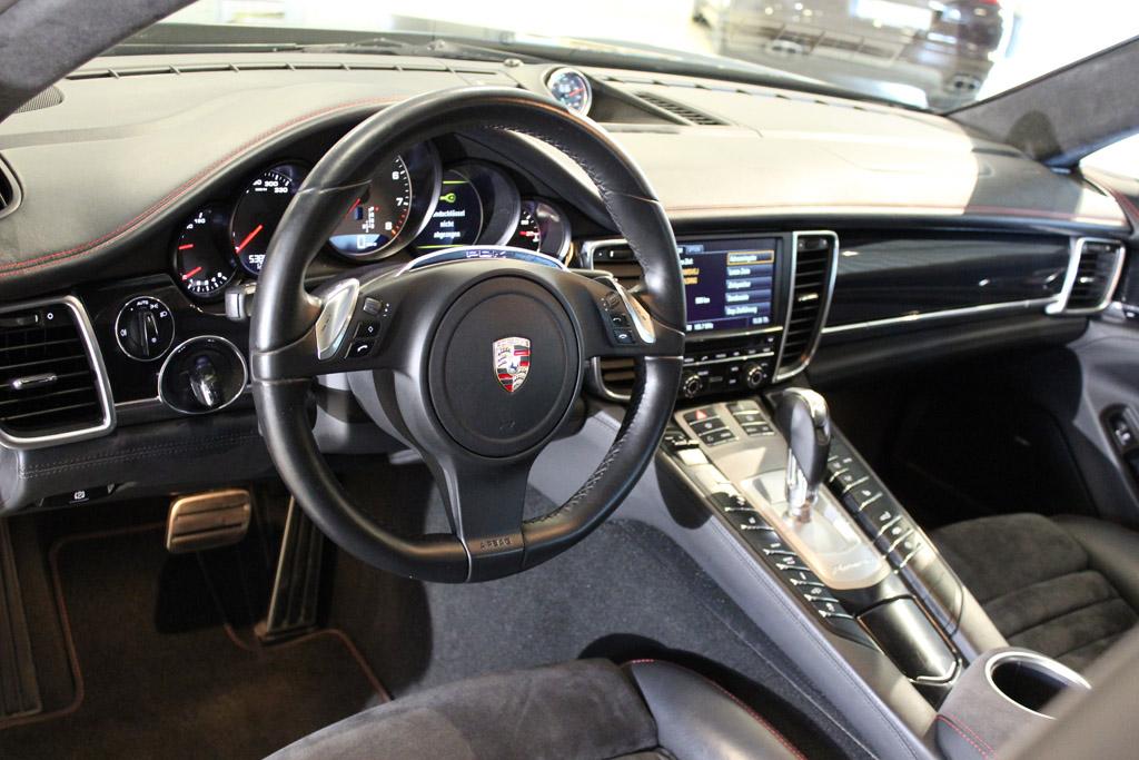 Porsche-Panamera-GTS_2686