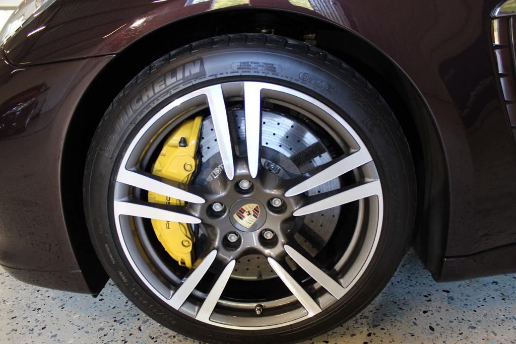 Porsche-Panamera-Turbo-2012_2651