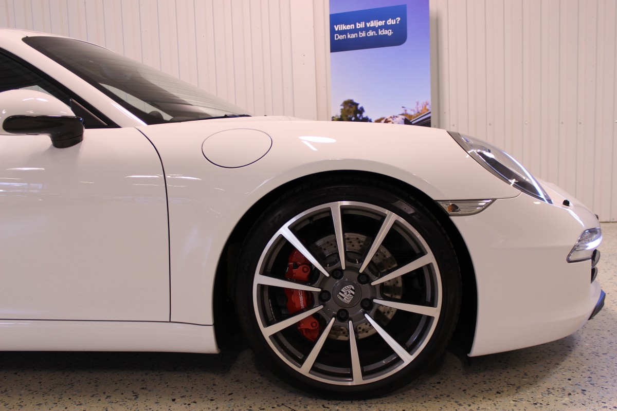 Porsche-911-997-carrera_5447