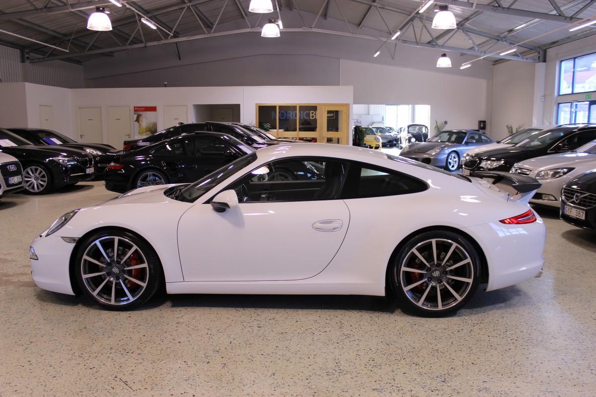 Porsche-911-997-carrera_5471