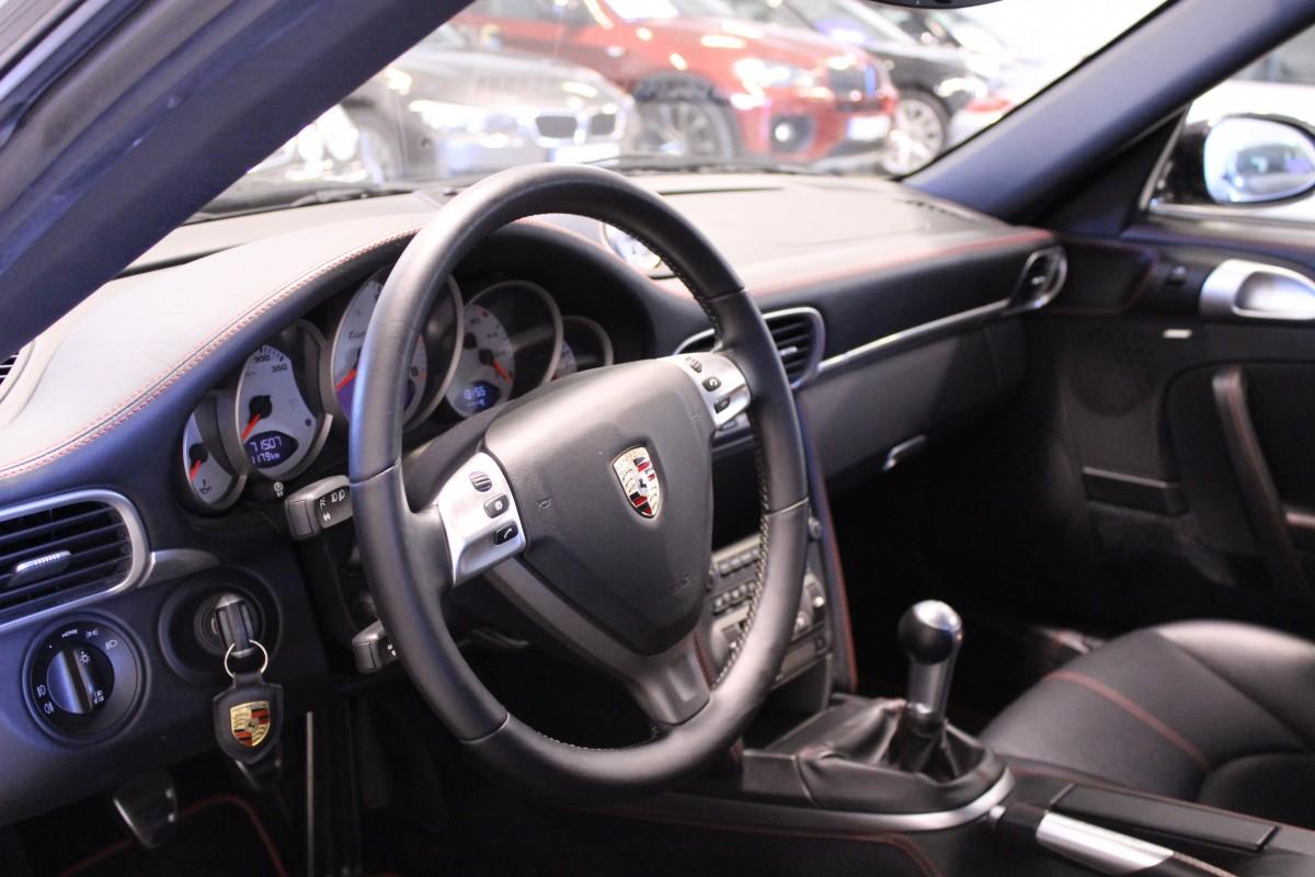 Porsche-911-997-Turbo_5815