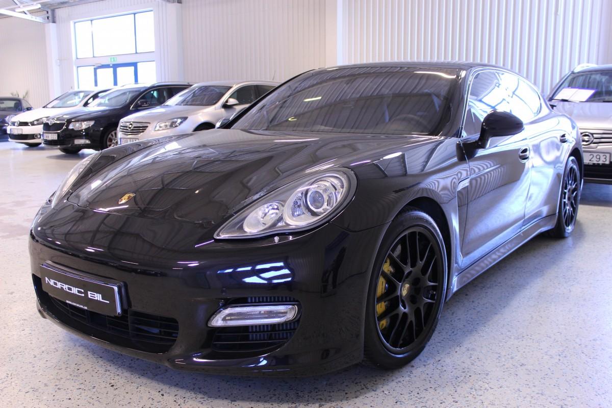 Porsche-Panamera-Turbo-PCCB_5940